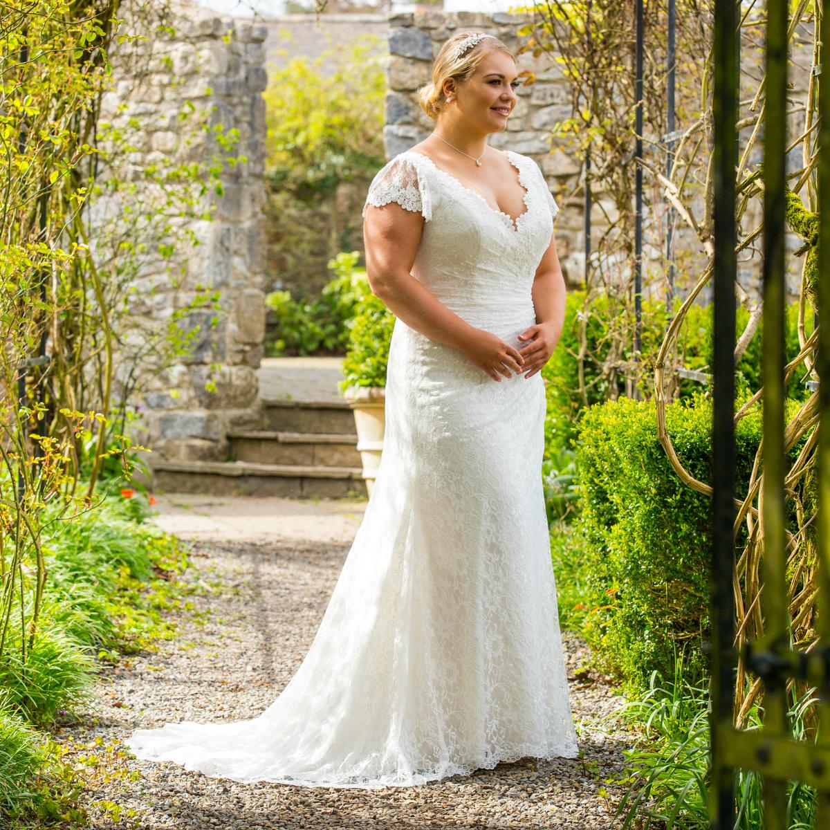 Beautfiul Brides+ | C6