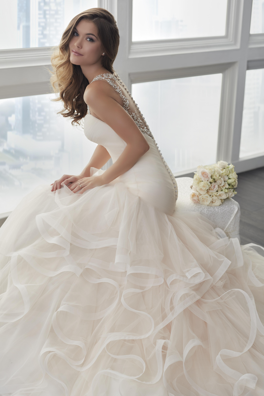 Christina Wu Brides.jpg