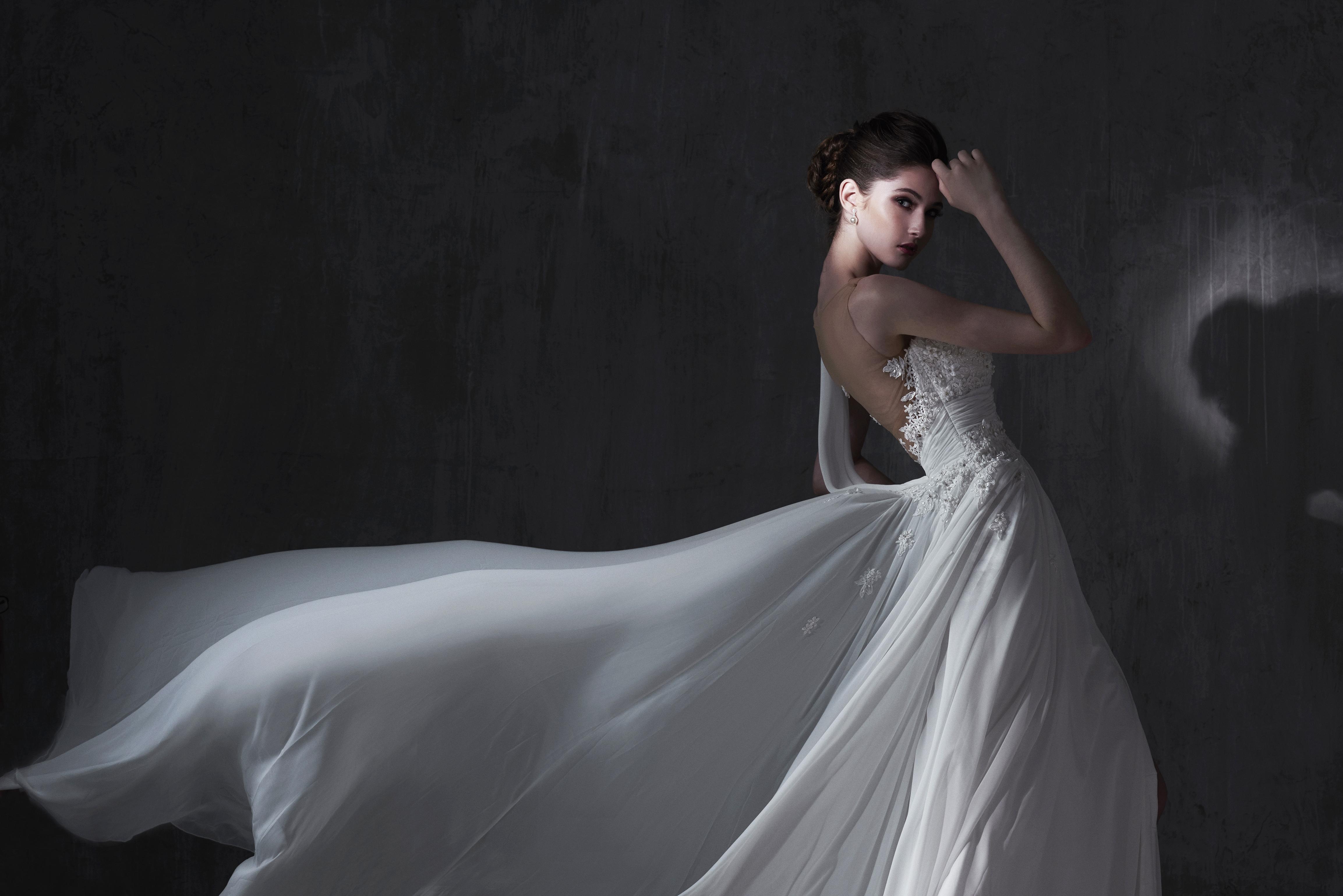 Brian Chen Bridal image 3