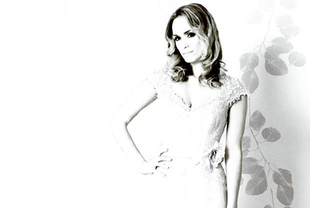 Amanda Wyatt's Felicia – Wedding Dress of the Year