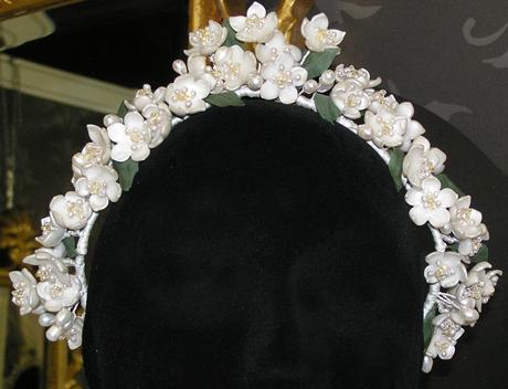 BB Heirlooms Queen Vic replica