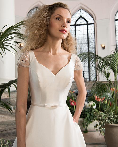 chloe bridal - image