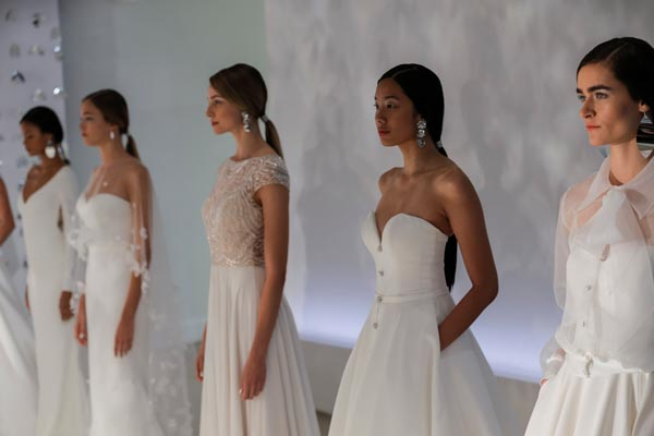 Justin Alexander's Autumn/Winter 2018 Collection at New York Bridal Fashion Week