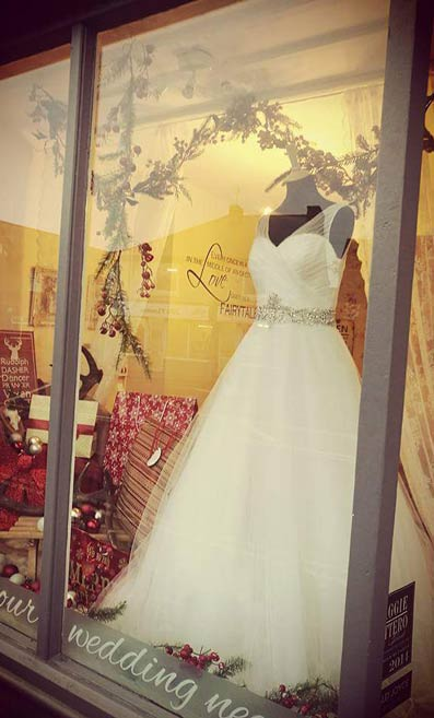 How to create an amazing window display (Nora Eve Bridal Boutique's window)