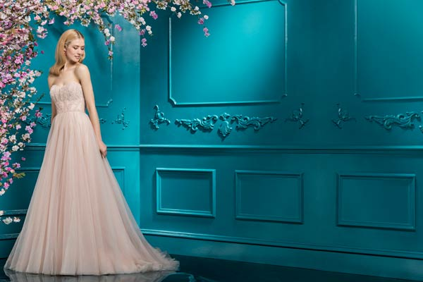 Ellis Bridals Set to Show New Collection at London Bridal Week