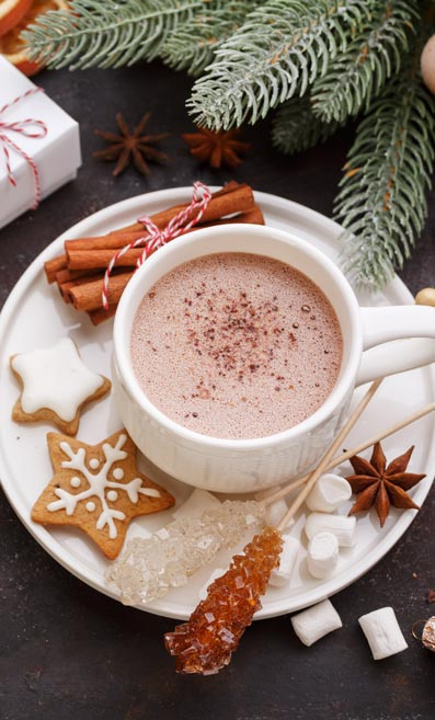 Christmas drinks to serve in your boutique: festive hot chocolate