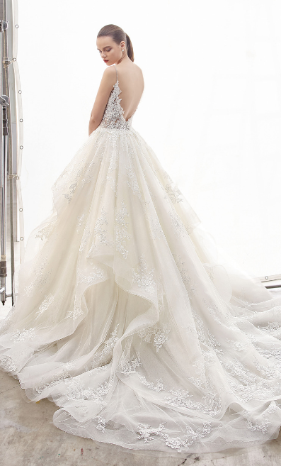 Beautiful bridal gown by established bridal brand Enzoani