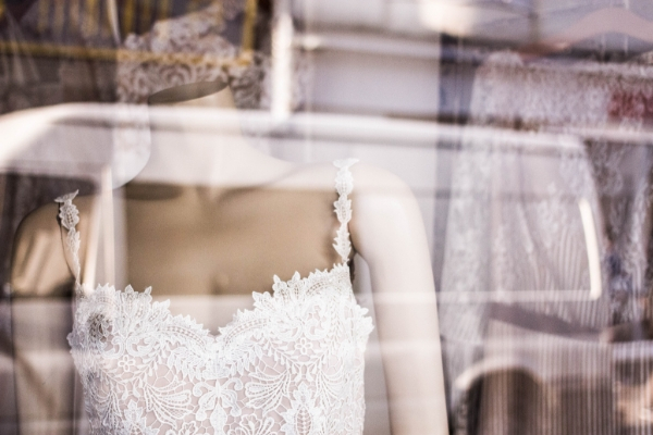 How to Handle Common Problems in Your Bridal Boutique