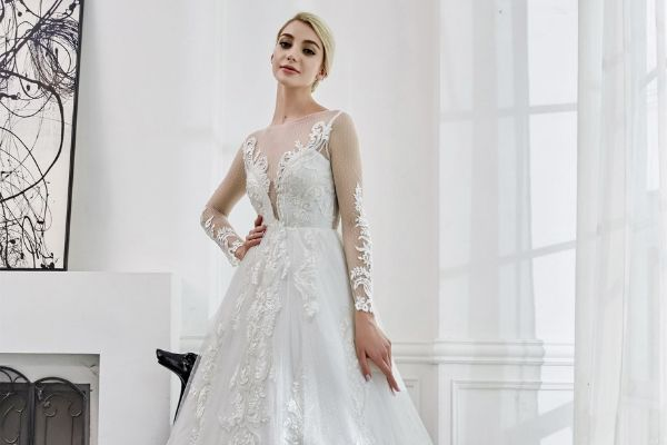 Elyse Couture on Returning to The Harrogate Bridal Show