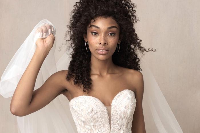 Global Gallery meets Allure Bridals